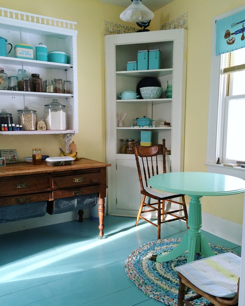 This is where all the green juice and smoothies happen.YES, this really is our kitchen, YES we love blue, and YES this space inspires us to cook up a storm! :)