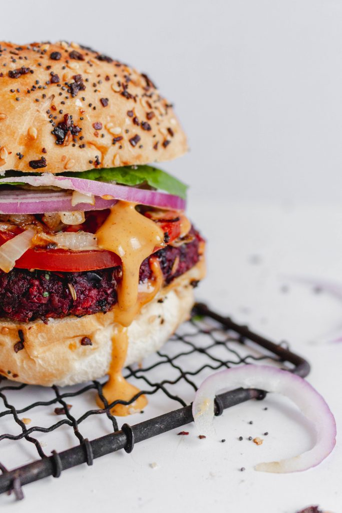 These Beet & Black Bean Burgers are the best plant-based vegan burgers you will ever try! Filled with fresh herbs and spices, they are packed with flavour and nutrients. Mushrooms, walnuts and oats help to create a hearty meat-like texture.