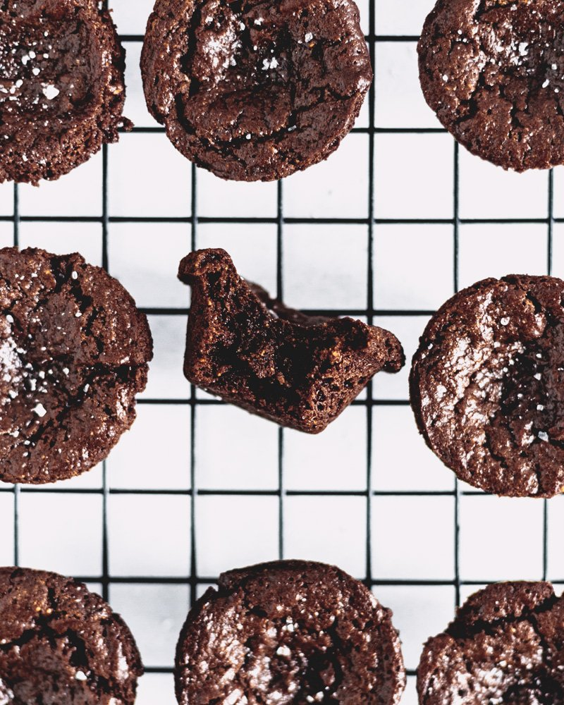 brownie bites on baking rack to cool